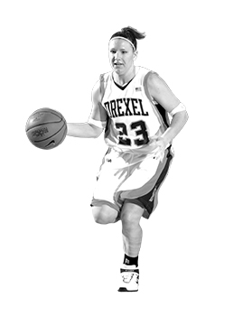 portrait of kira karlstrom playing basketball